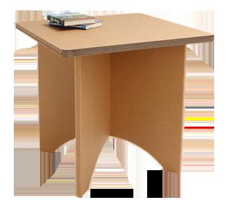 Quadratischer Tisch aus Karton