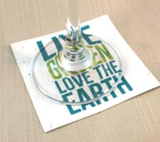 Untertassen aus pflanzbarem Papier